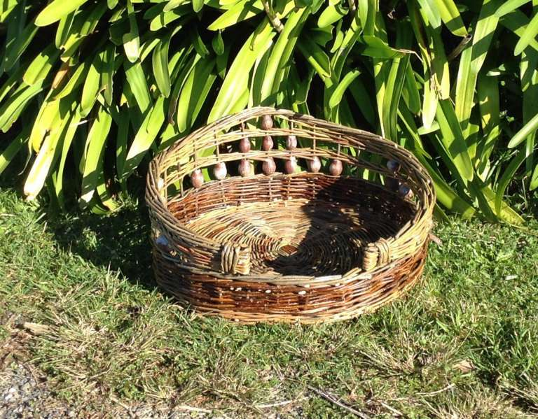 """SAM"" dog basket"