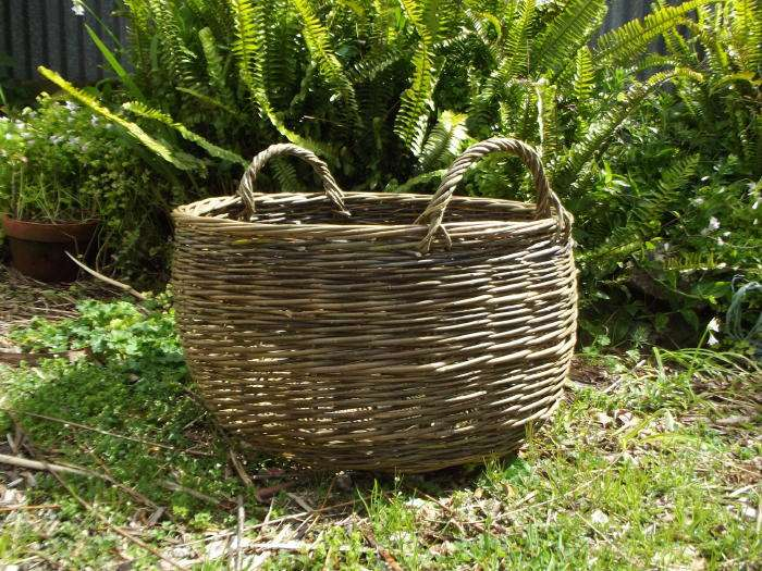 """Hold"" Log basket with handles"