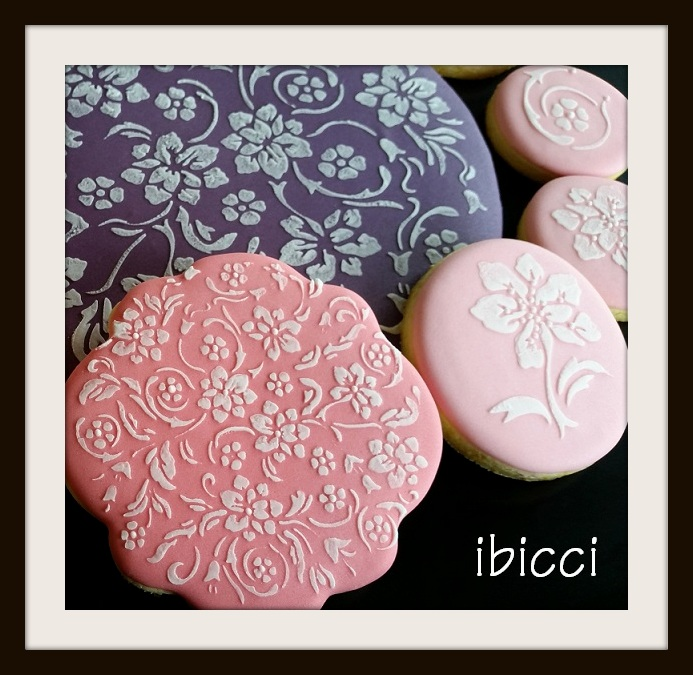 ibicci Lace Collection stencilled cookies