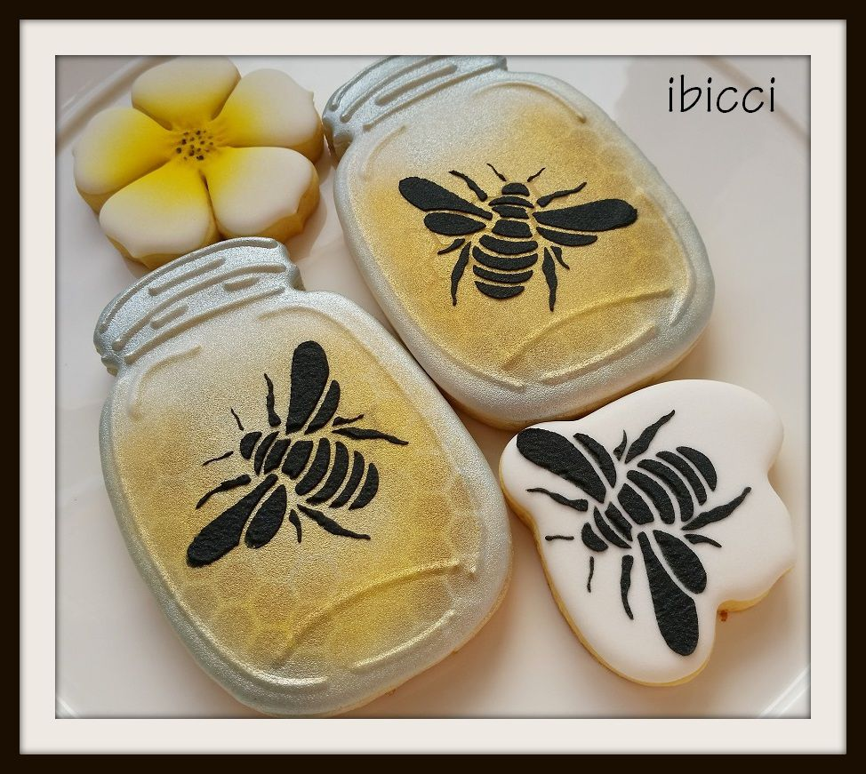 Large And Small Bee Stencil