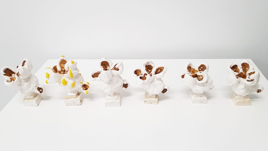Handmade White Popcorn, ceramic with gold lustre, 90mm x 70mm (variable)